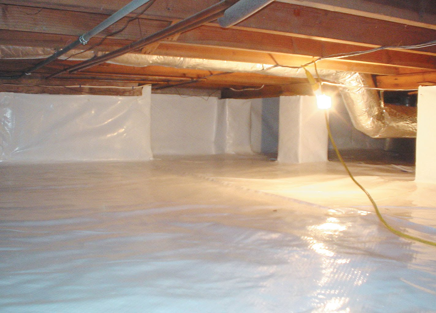 Benefits of crawl space encapsulation sealing eco for How to build a crawl space foundation for a house