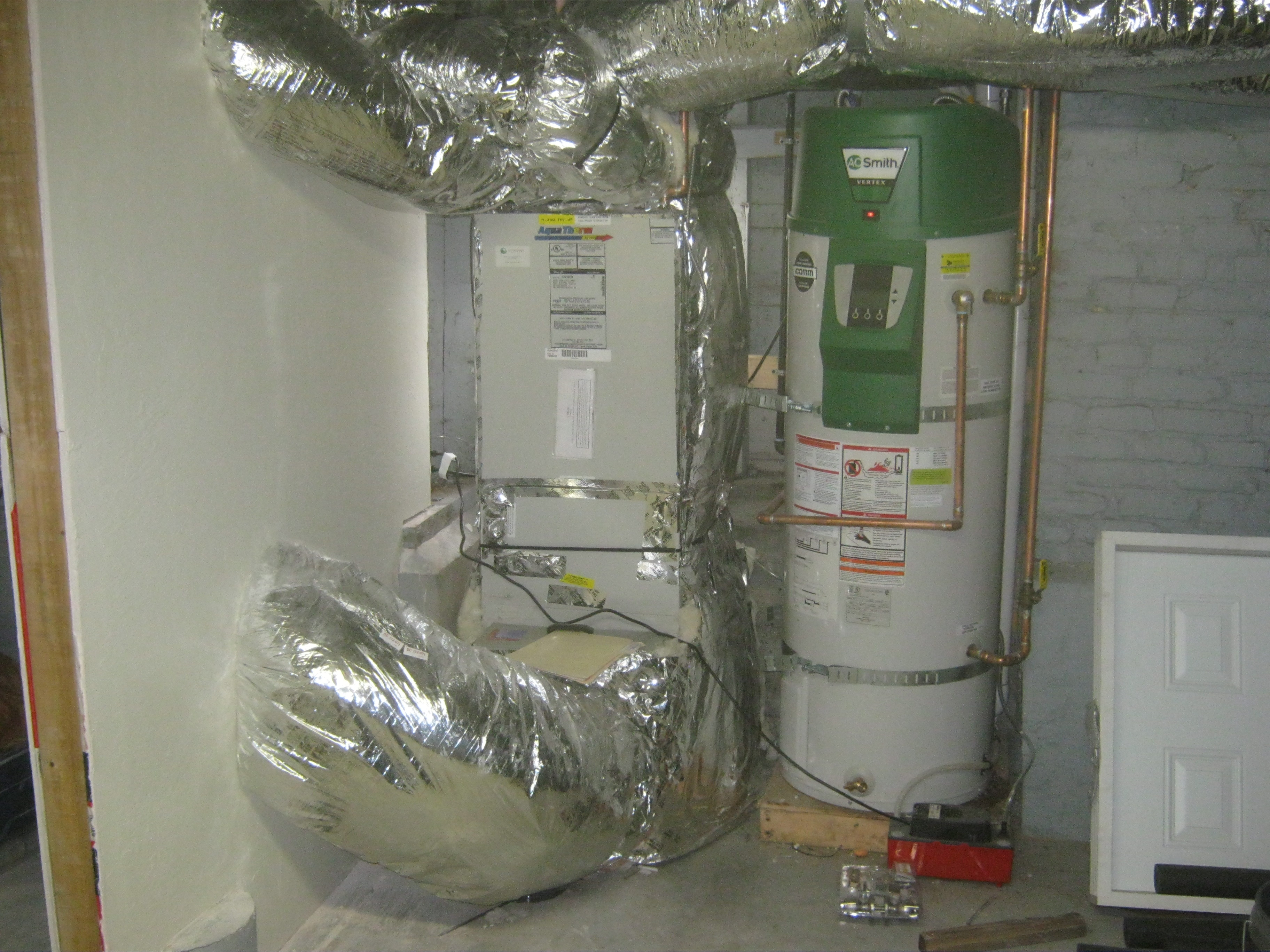 Water Heating Furnace ~ Hydronic forced air heating advantages eco performance